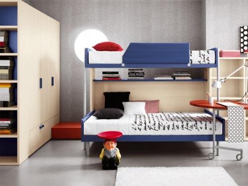 кровать двухспальная детской комнаты