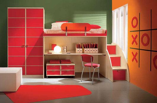 красная сказка в детской комнате