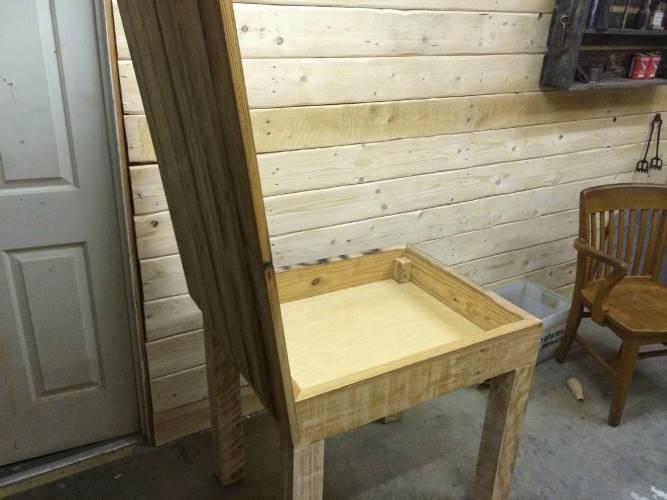 Мебель для хижины охотника из подвала