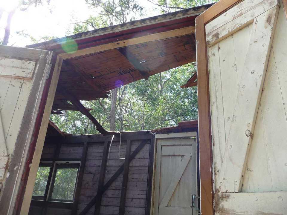 Дом из старого жд вагончика