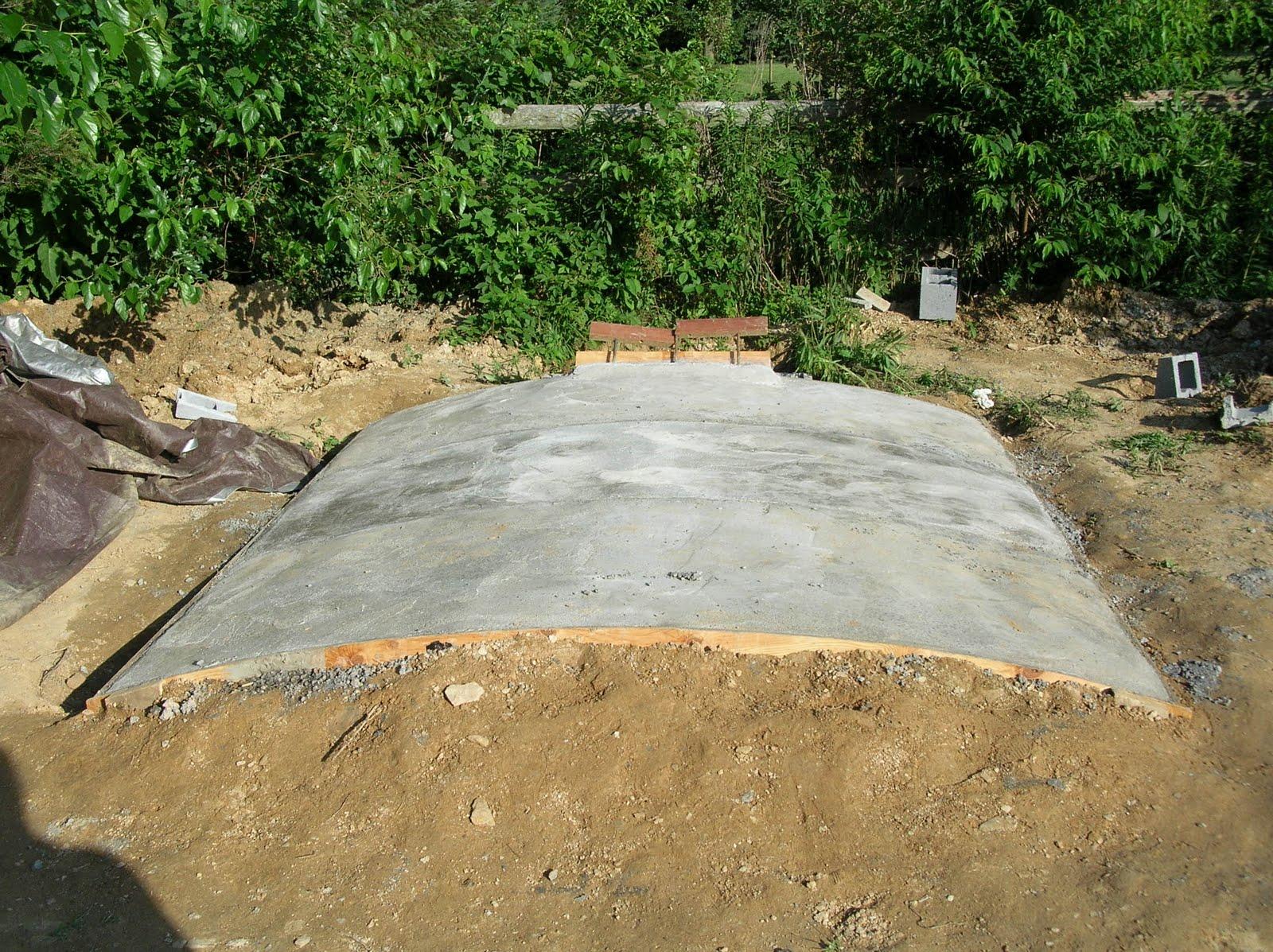 Окончательное заливка, крыши погреба