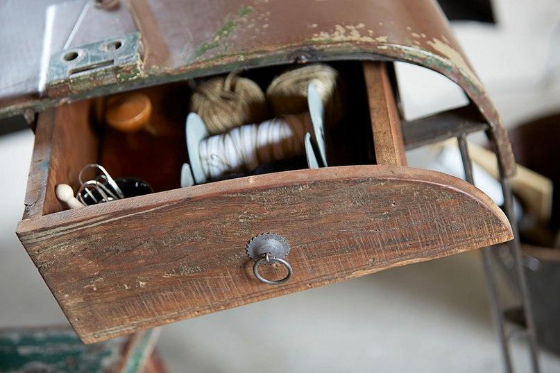 стол из старого авто