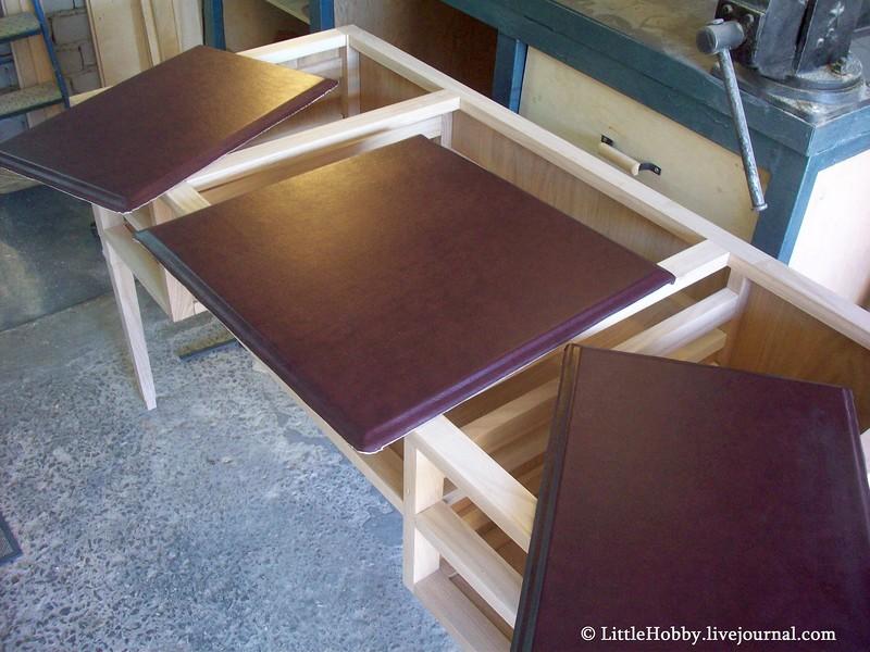 красим элемнты стола