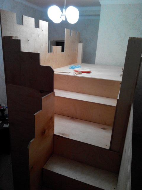самодельная кровать замок