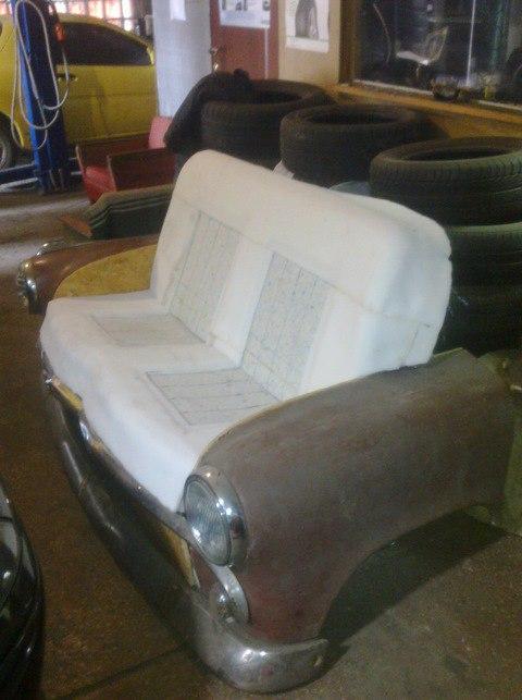 стильный диванчик из авто