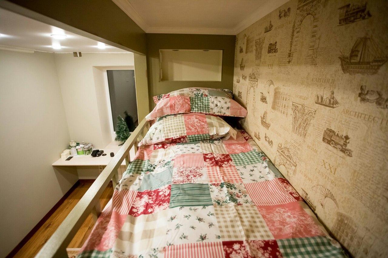 красивая самодельная кровать