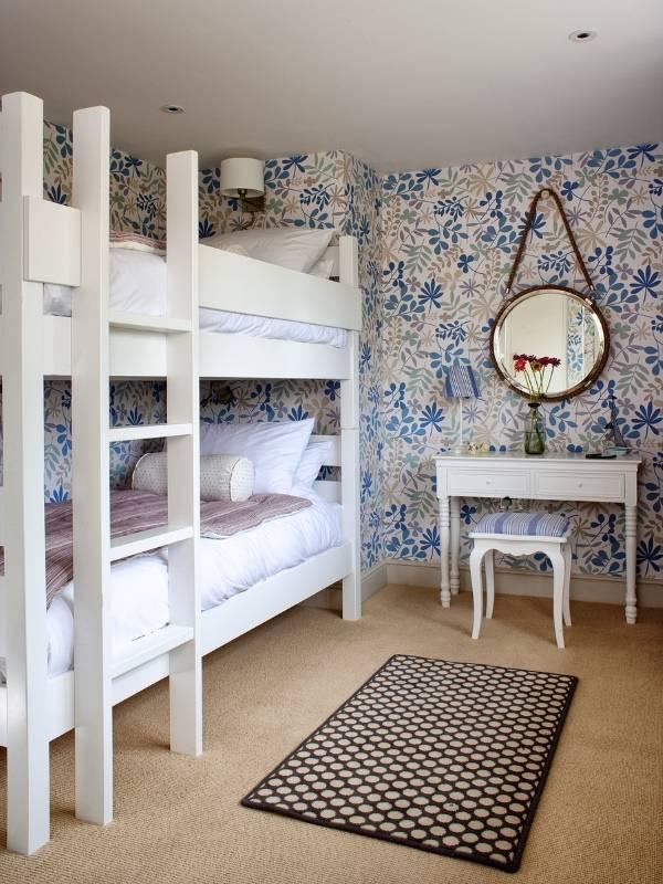 двухъярусная кровать примеры